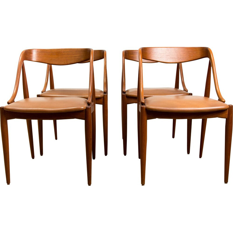 Set of 4 vintage teak chairs by Johannes Andersen Danes 1965