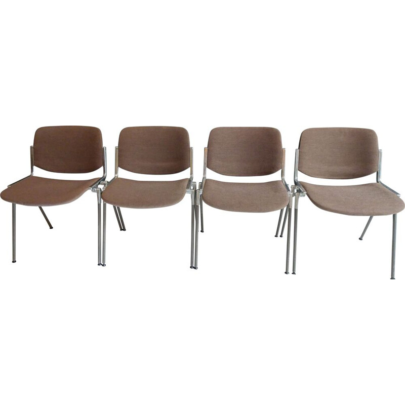 Set of 4 stackable vintage chairs