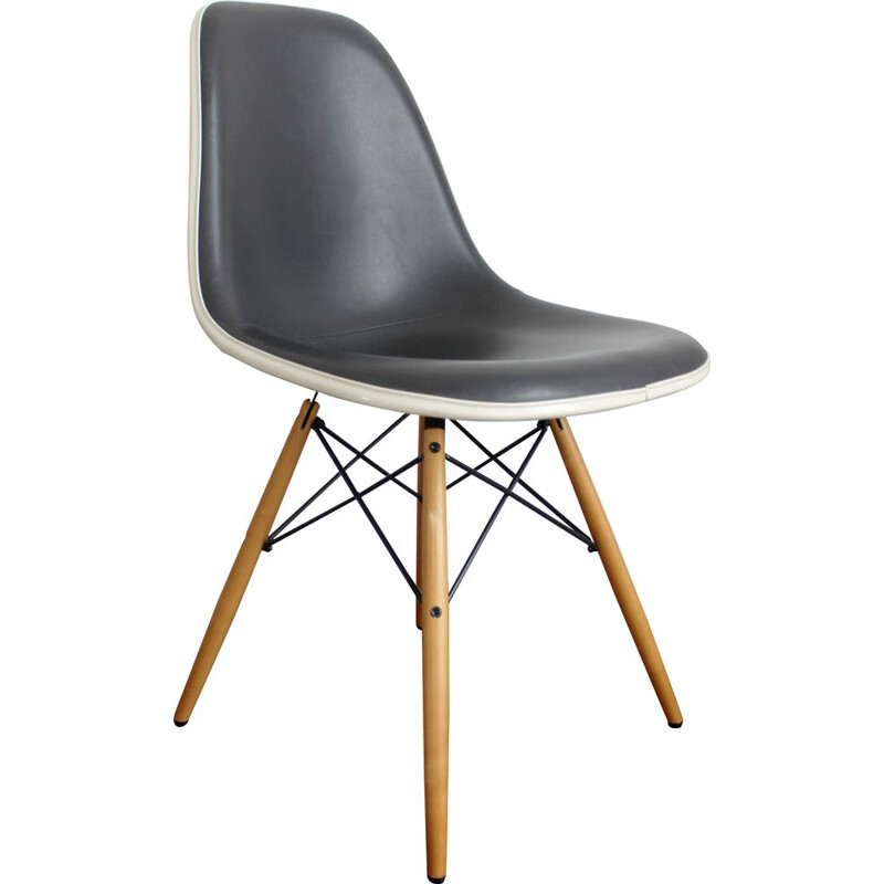 Vintage DSW Chair by Hermann Miller, Charles Eames 1960