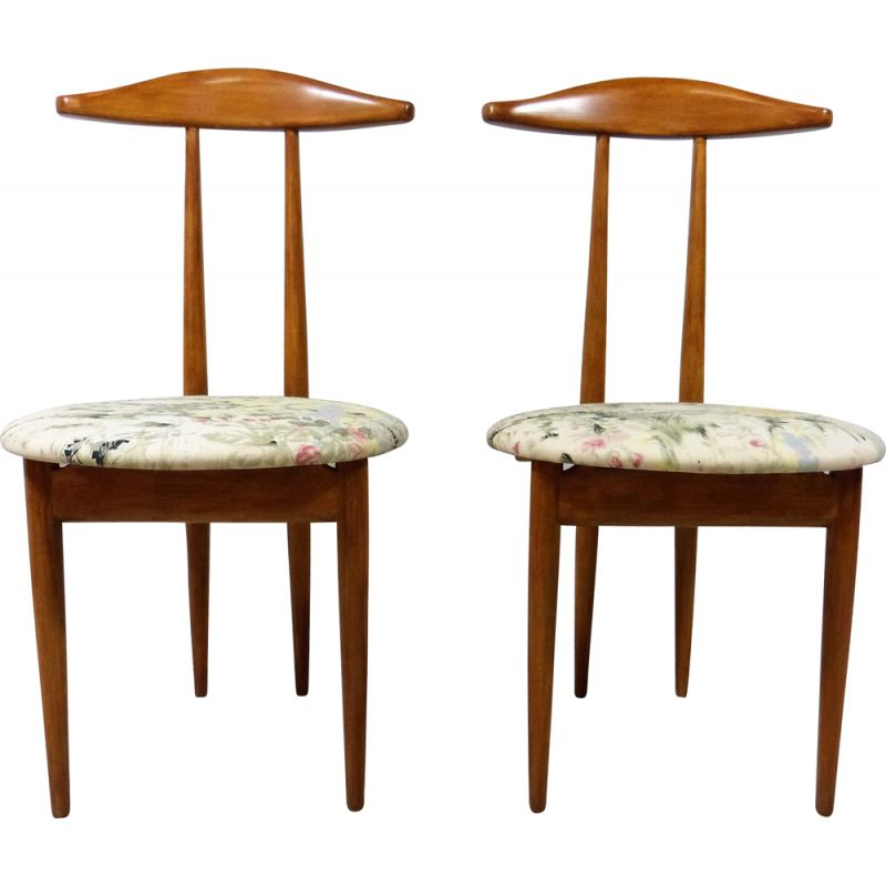 Pair of vintage bedroom dressing-room side chairs and valets in one 1950s