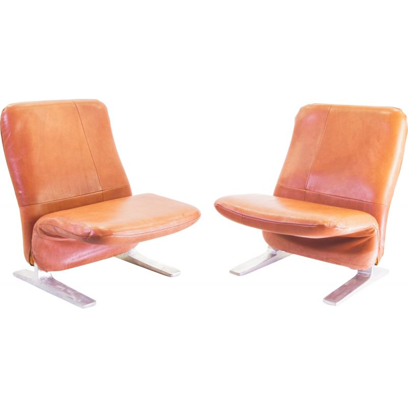 Pair of Vintage Concorde chairs in Buffalo leather Piere Paulin for Artifort