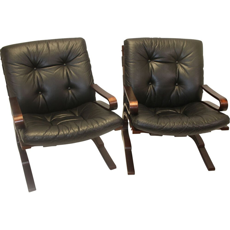 Pair of Vintage Kengu lounge chairs Leather by Elsa & Nordahl Solheim for Rybo Rykken & Co