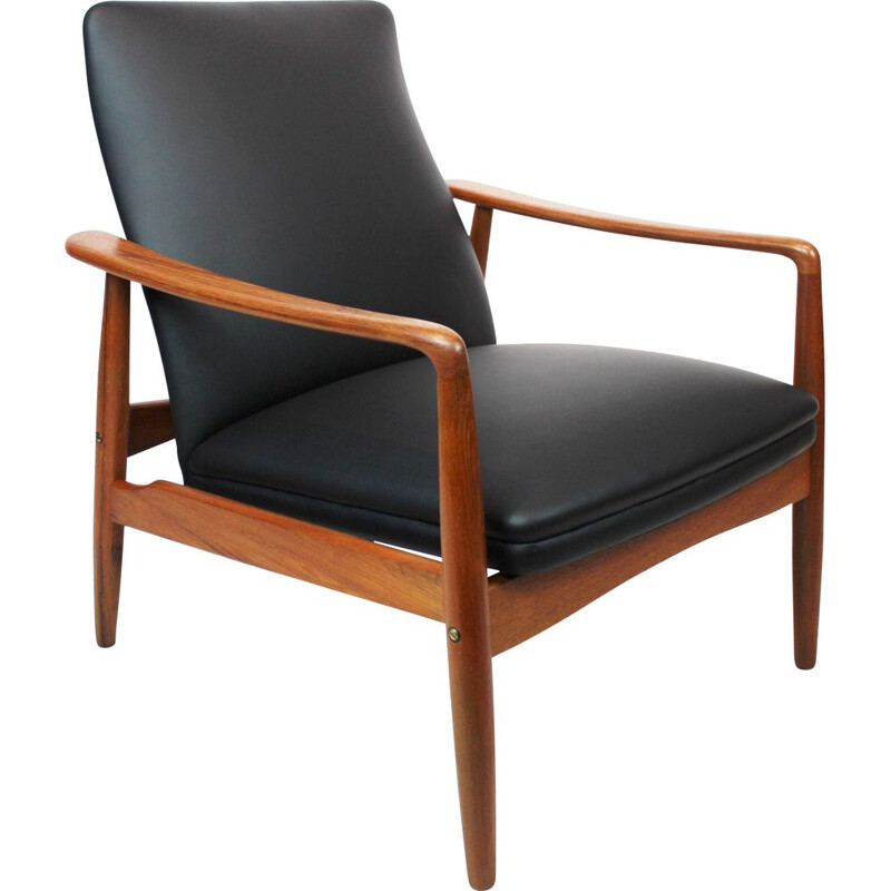 Vintage Easy chair in teak and black leather designed by Søren Ladefoged 1960s