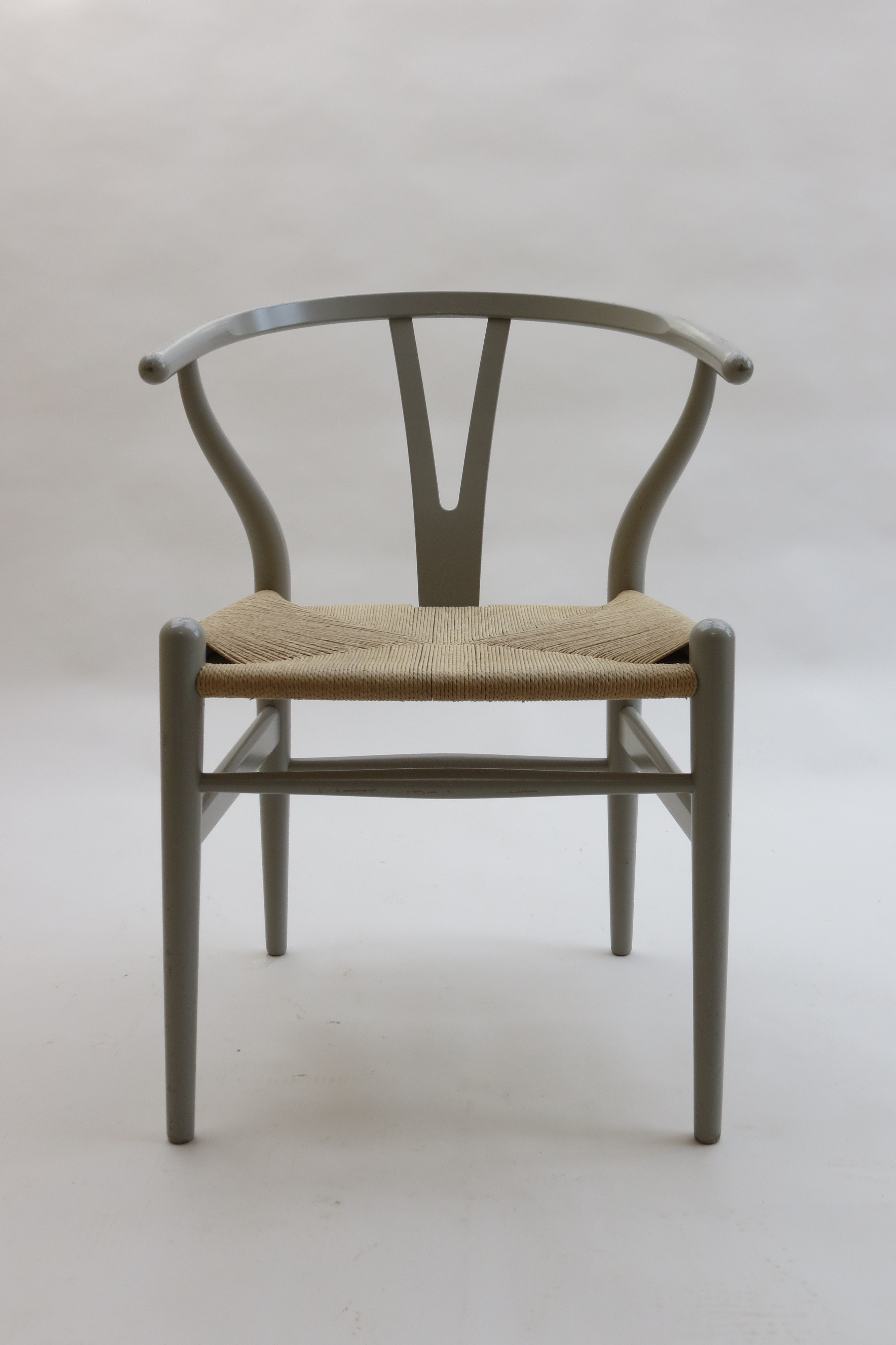 "Carl Hansen ""Wishbone"" chair in beechwood and paper cord Hans"