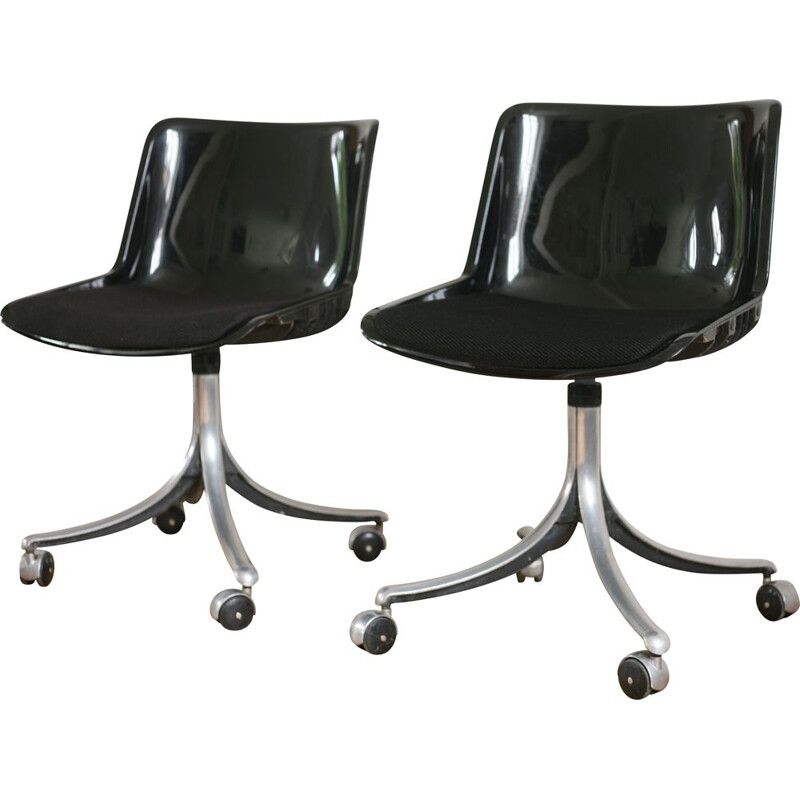 Pair of vintage chairs by Osvaldo Borsani, Modus model, deTecno, Italy, 1970
