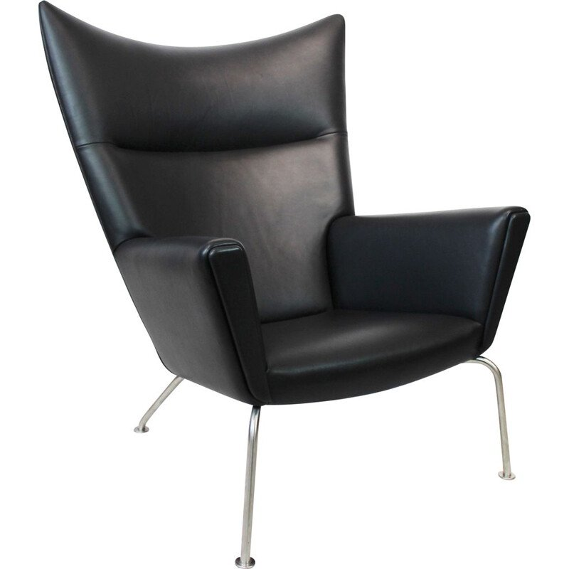 Vintage Wingchair, model CH445, in black leather by Hans J. Wegner  by Carl Hansen and Son 1960
