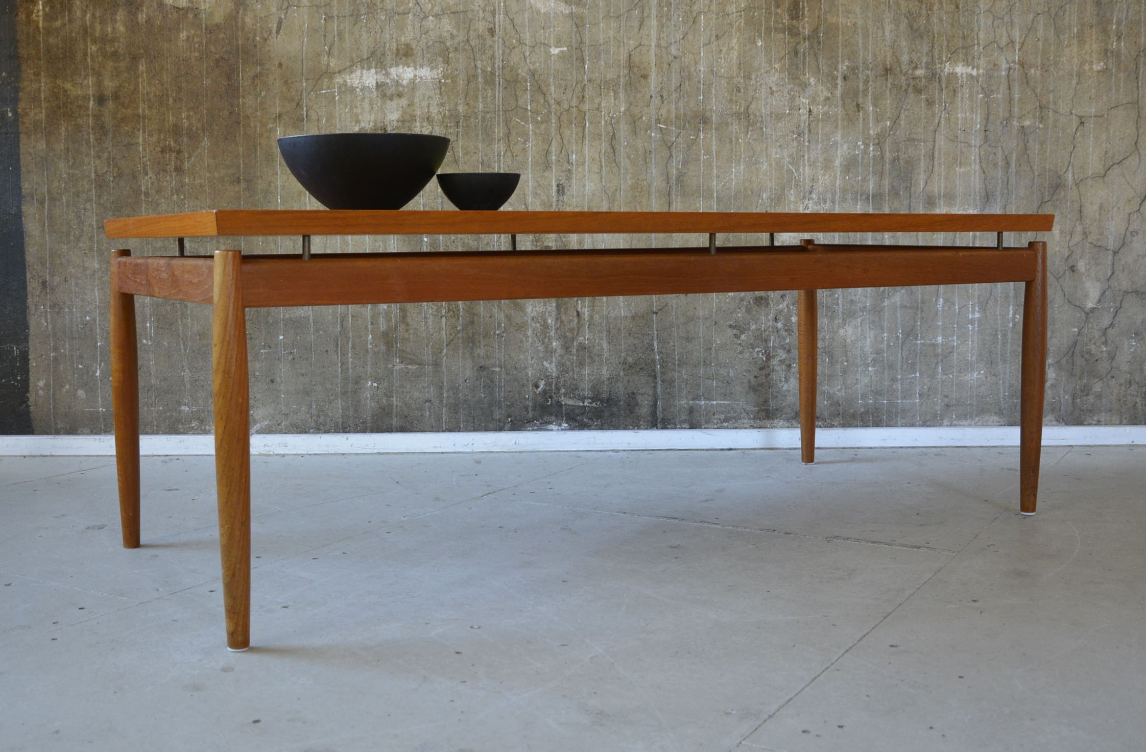 Mid century France & Son coffee table in teak Grete JALK 1960s