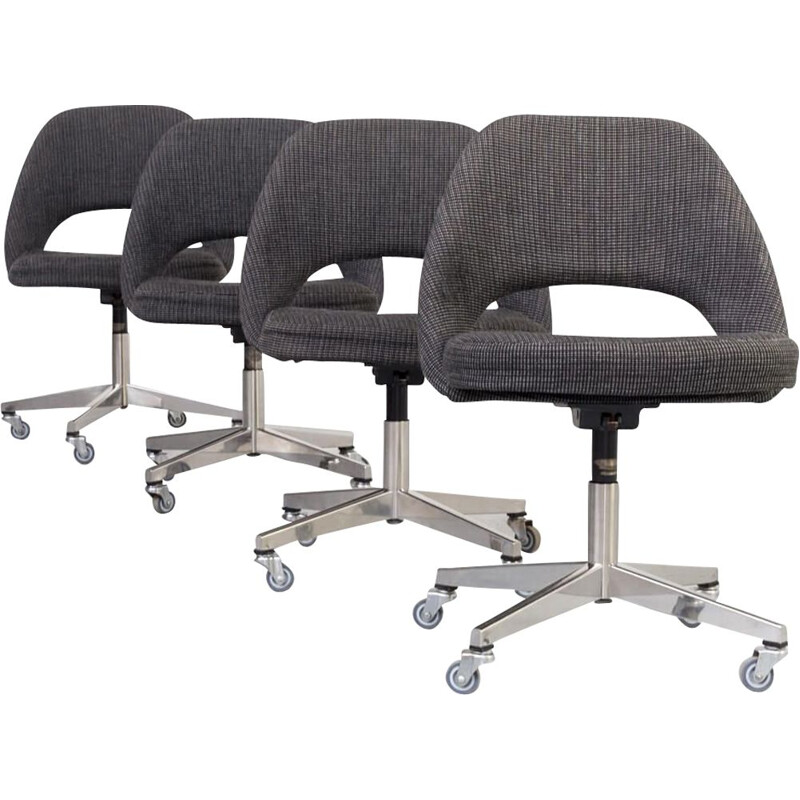 Set of 4 Vintage model 71 office chair for Knoll International Eero Saarinen 1960s