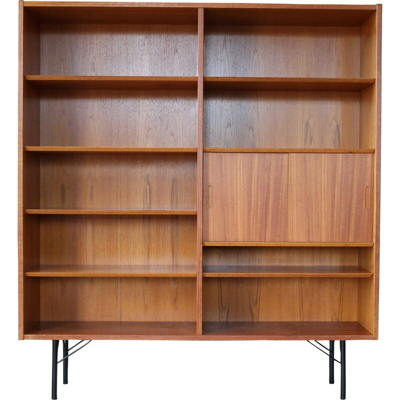 Mid-Century Shelf Cabinet Poul Hundevad Teak Standregal Kommode Danish 1960s