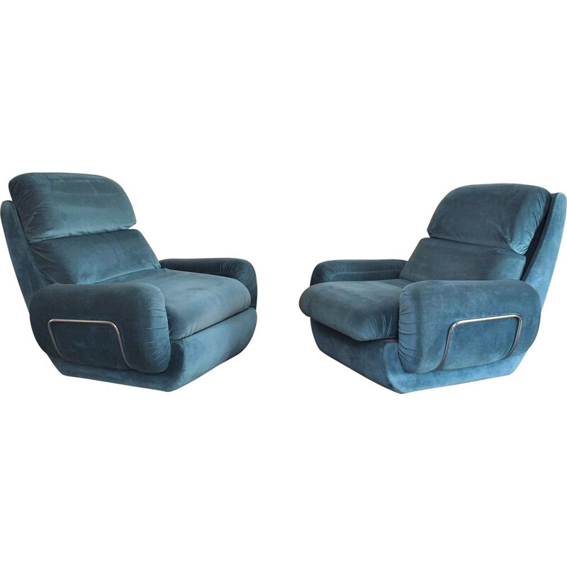 Pair of Vintage Italian space age armchairs 1970