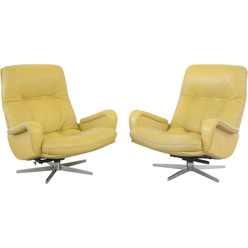 Pair of Vintage leather lounge chairs De Sede DS 231 'James Bond'