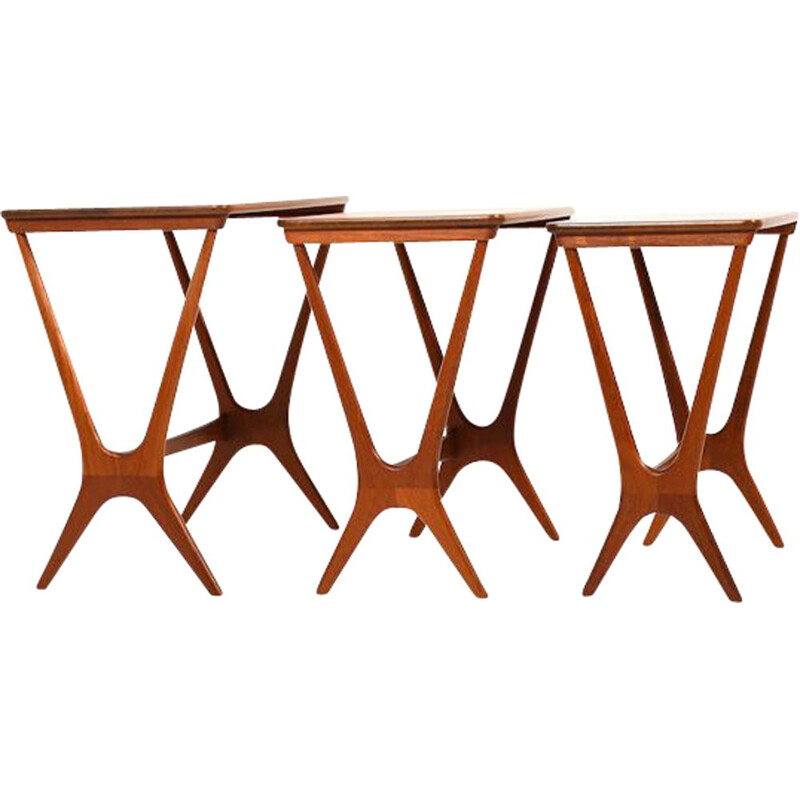 Set of vintage Beautiful Organic Shaped Nesing Tables by Erling Torvits 1950s