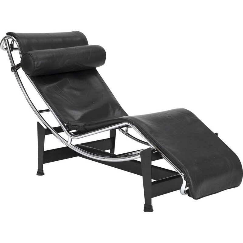 Vintage LC4 black leather armchair by Le Corbusier Cassina 1990