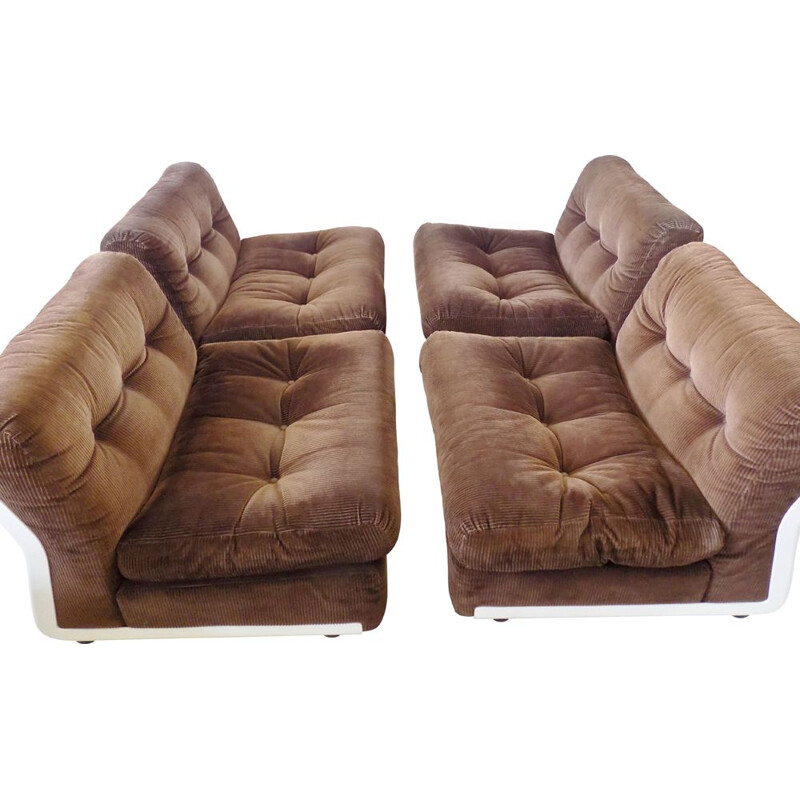 Set of 4 vintage brown loungechairs by Mario Bellini  C&B Amanta Italie