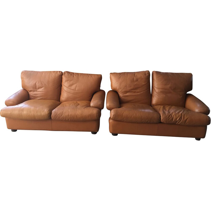 Pair of vintage fawn leather 2 seater sofas Brunati, Italian 1980s