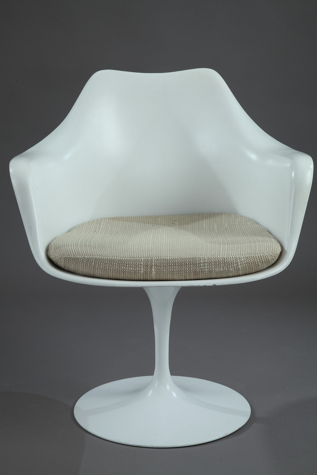 Knoll International Tulip Armchair Eero SAARINEN 1990s Desig