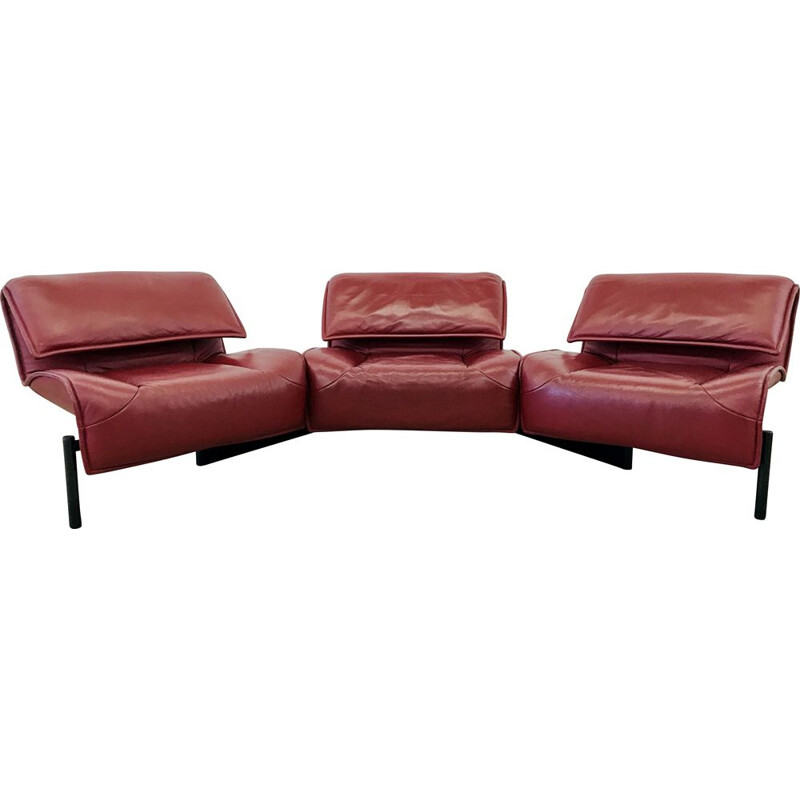 Vintage Cassina Veranda 3seater sofa in Burgundy leather by Vico Magistretti 1983s