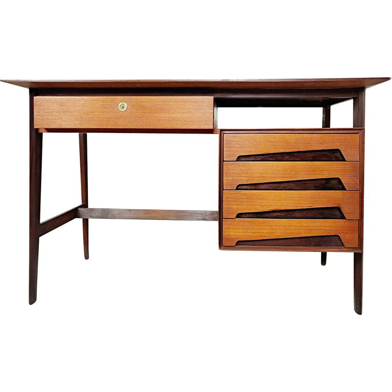 Vintage Italian teak desk by Edmondo Palutari for Dassi 1950s