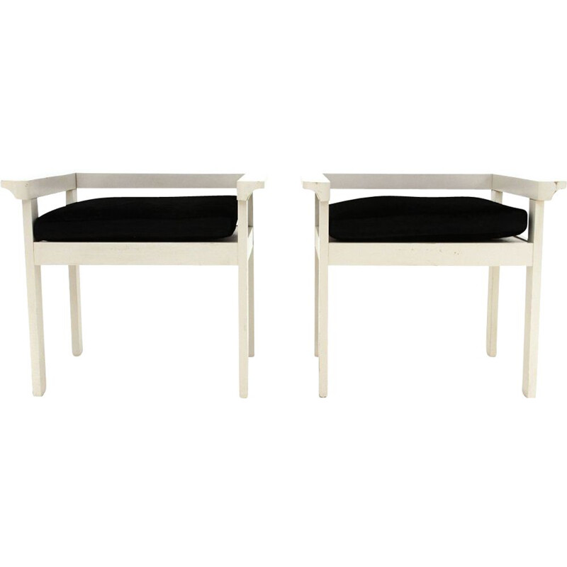 Pair of chairs in white lacquered wood and black velvet cushion, 1960s