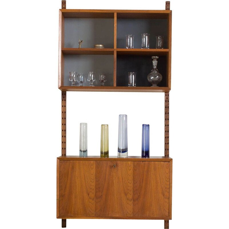 Vintage Early Poul Cadovius teak wall unit with bar cabinet and bookshelfs