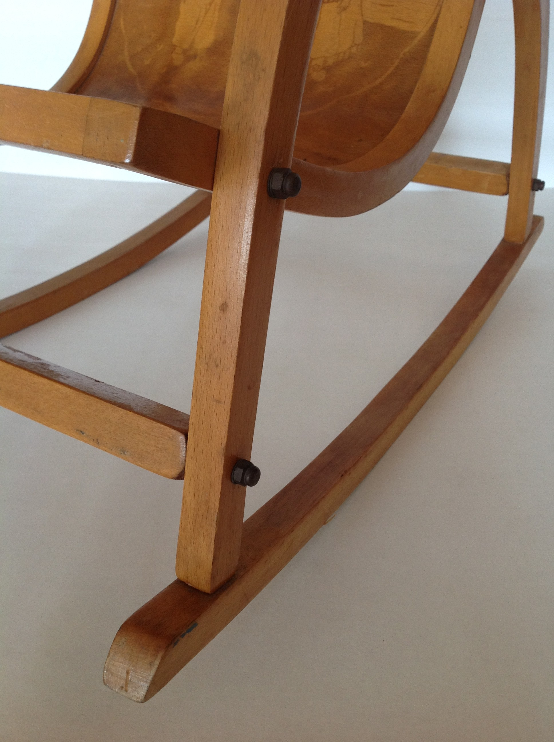 Inspirational childrens rocking chairs for Chair design 1930