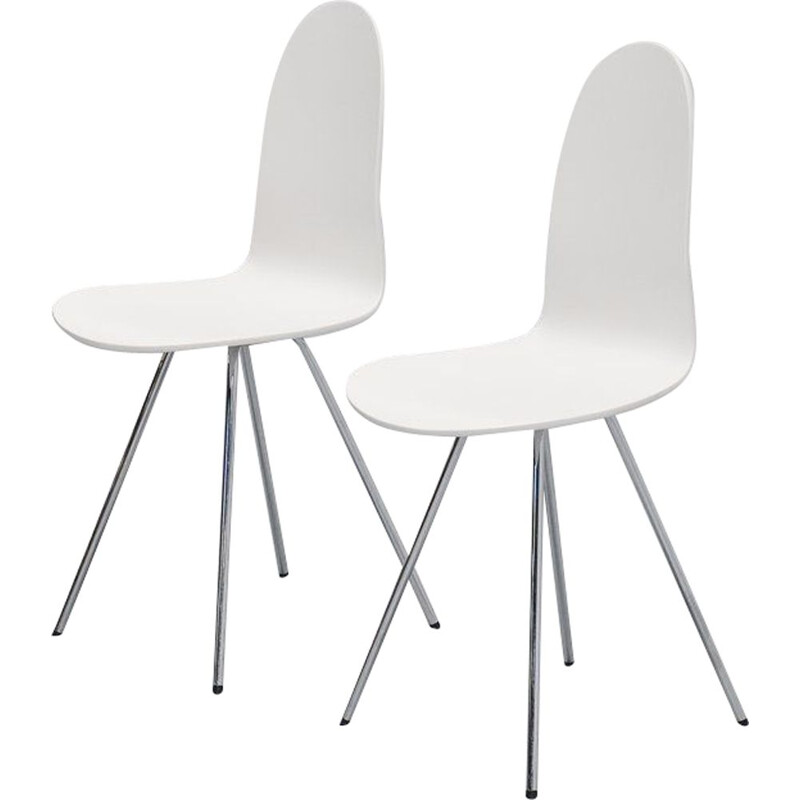 Pair of Vintage Tongue chairs Fritz Hansen and Arne Jacobsen 1970s