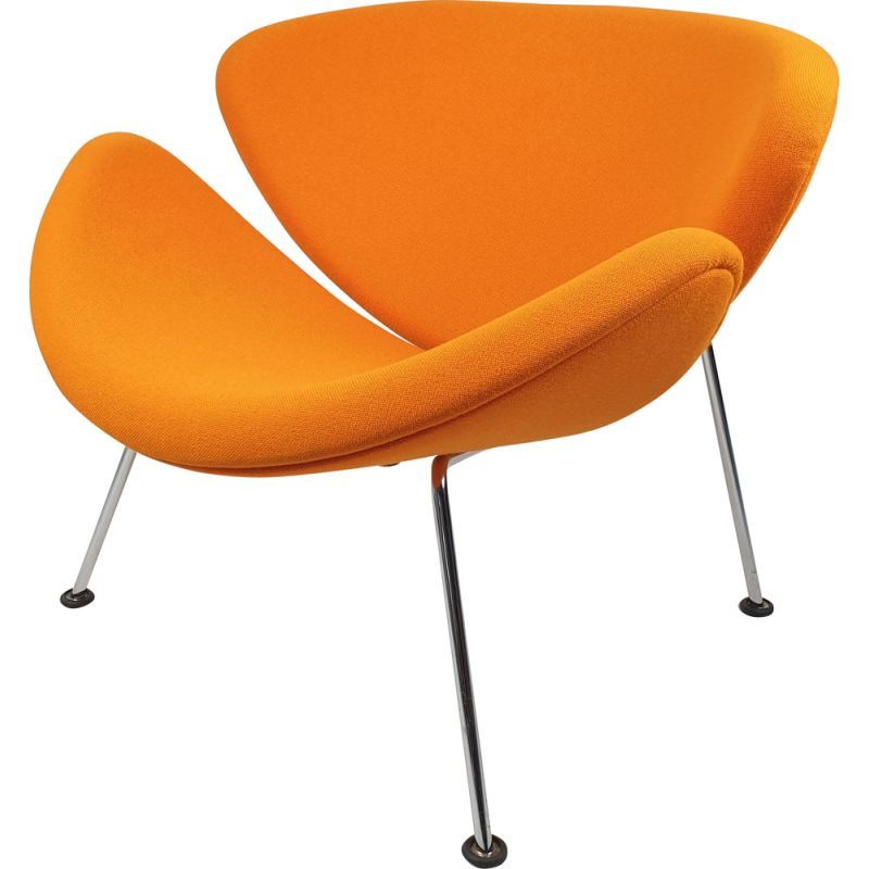 Vintage orange lounge armchair by Pierre Paulin for Artifort 1980