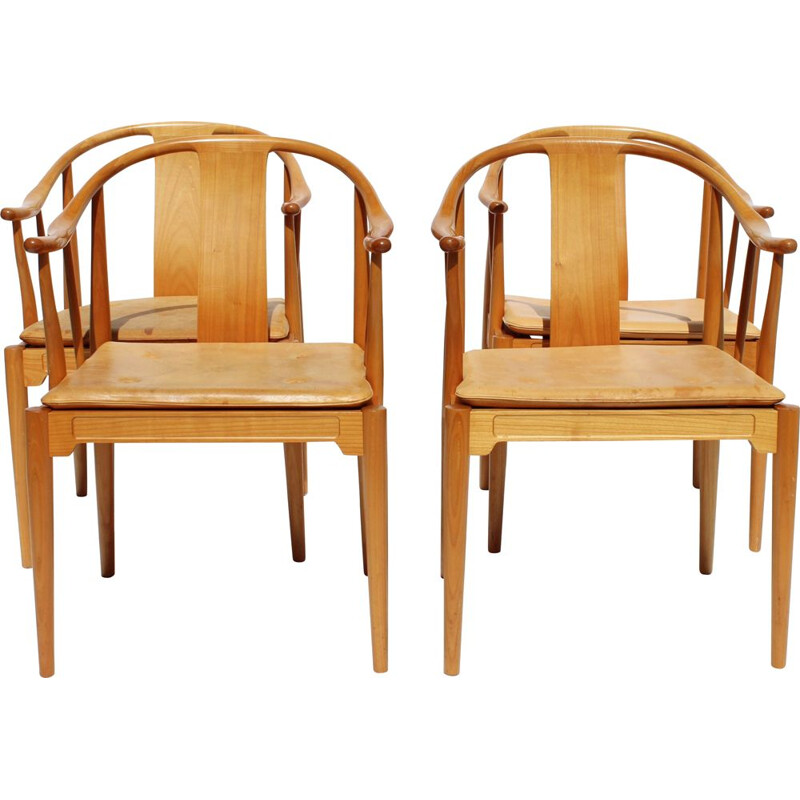 Set of 4 vintage Chinese Hans J. Wegner chairs by Fritz Hansen 1999