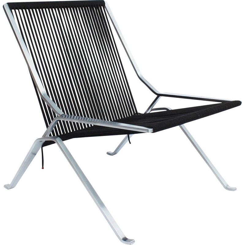 Vintage chair designed by Poul Kjærholm and manufactured by Fritz Hansen 2014