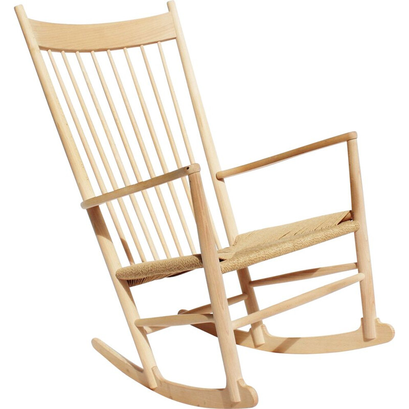Vintage Rocking chair of beech and paper cord by Hans J. Wegner 1944s