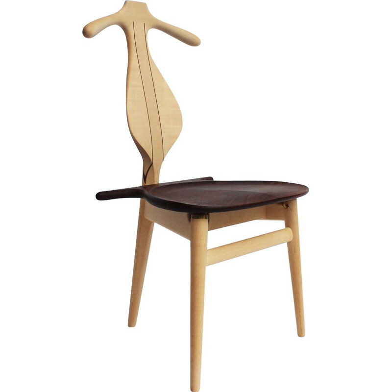 Vintage valet chair Hans J. Wegner of maple and wengé  by PP Furniture 1951s