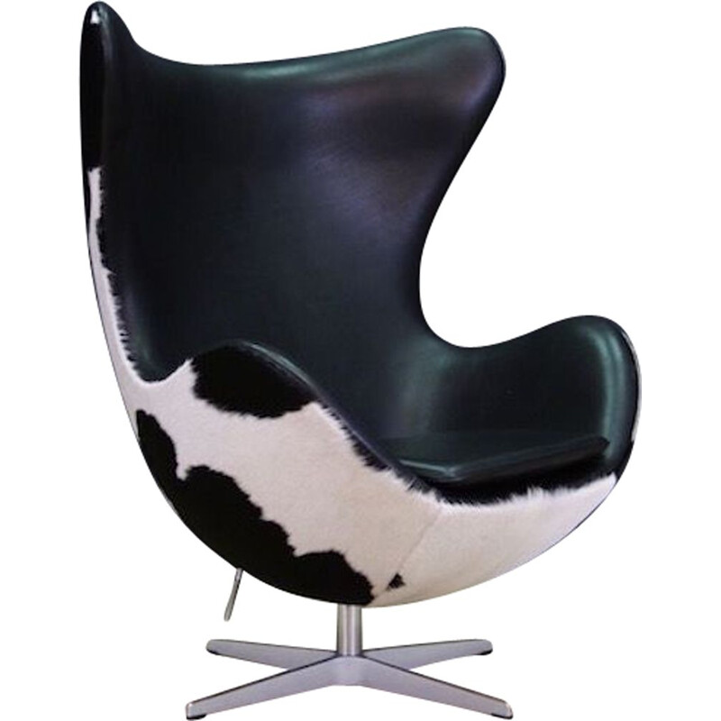 Vintage Arne Jacobsen The Egg Chair Cow Leather 1980s