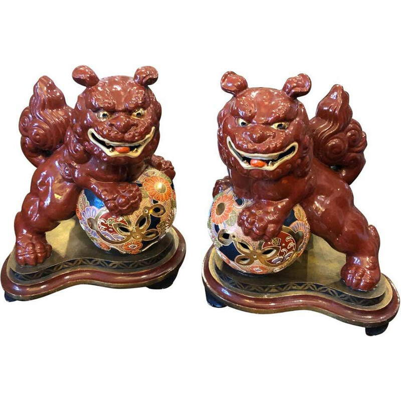 Pair of vintage Chinese ceramic Pho Dogs on a hand painted wooden base 1950