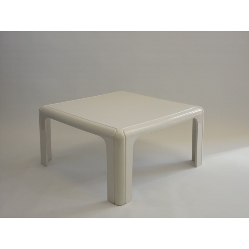 Beautiful Next. 1; 2; 3; 4. Kartell Coffee Table ...