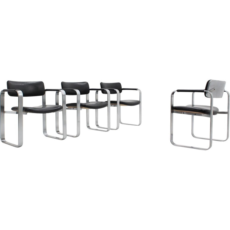 4 Vintage Executive dining chairs by Eero Aarnio for Mobel Italia, 1960s