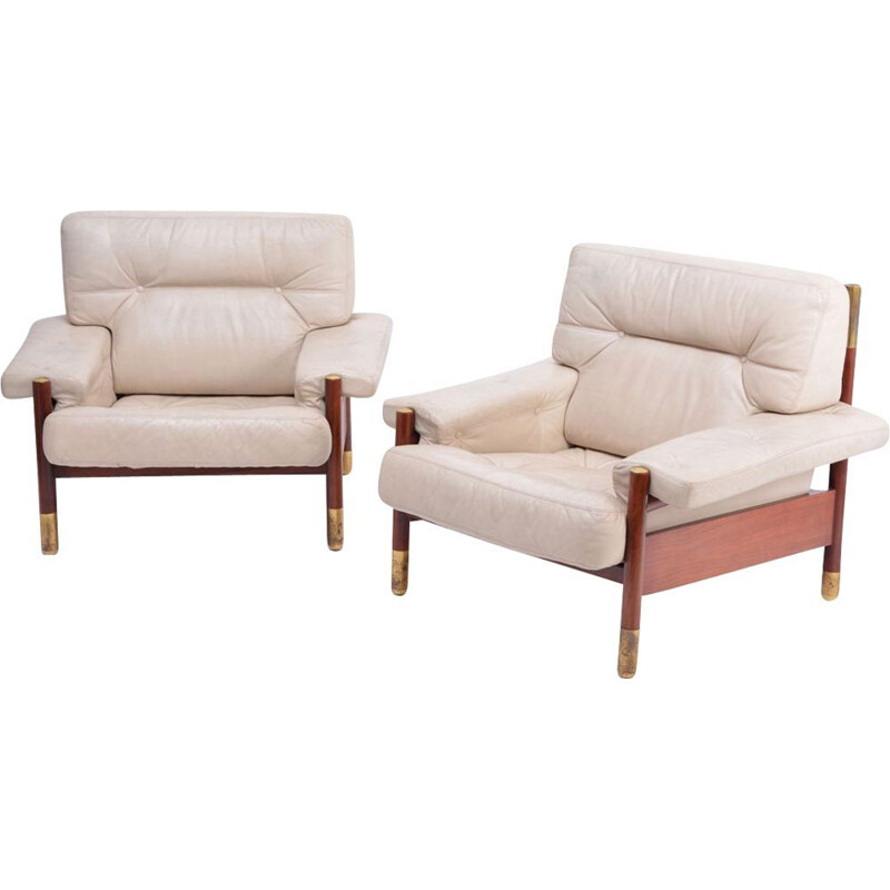 "Pair of Mid-Century ""Sella"" lounge chairs in beige leather by Carlo de Carli 1960s"