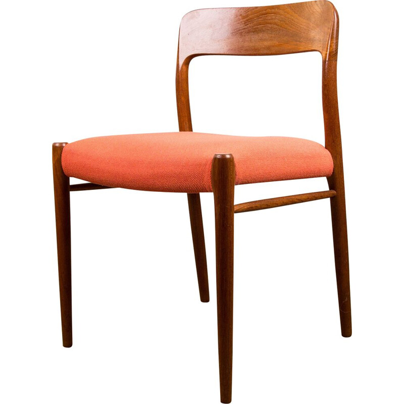 Suite of 4 vintage chairs in Teak and light red fabric N 75 from N.O.Moller Danoises