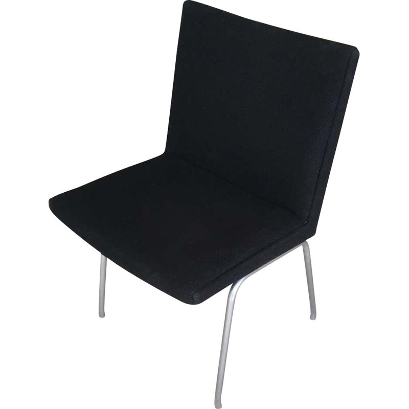 Vintage Airport Chair Reupholstered in Black Fabric Hans J. Wegner danish 1960s