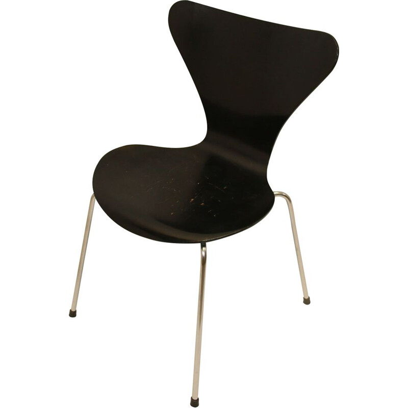 Vintage butterfly chair model 3107  Arne Jacobsen