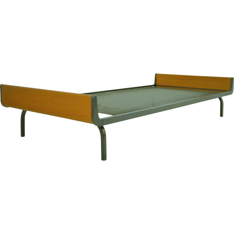 Mid Century Teak Daybed  Bed by Friso Kramer industrial 1970s