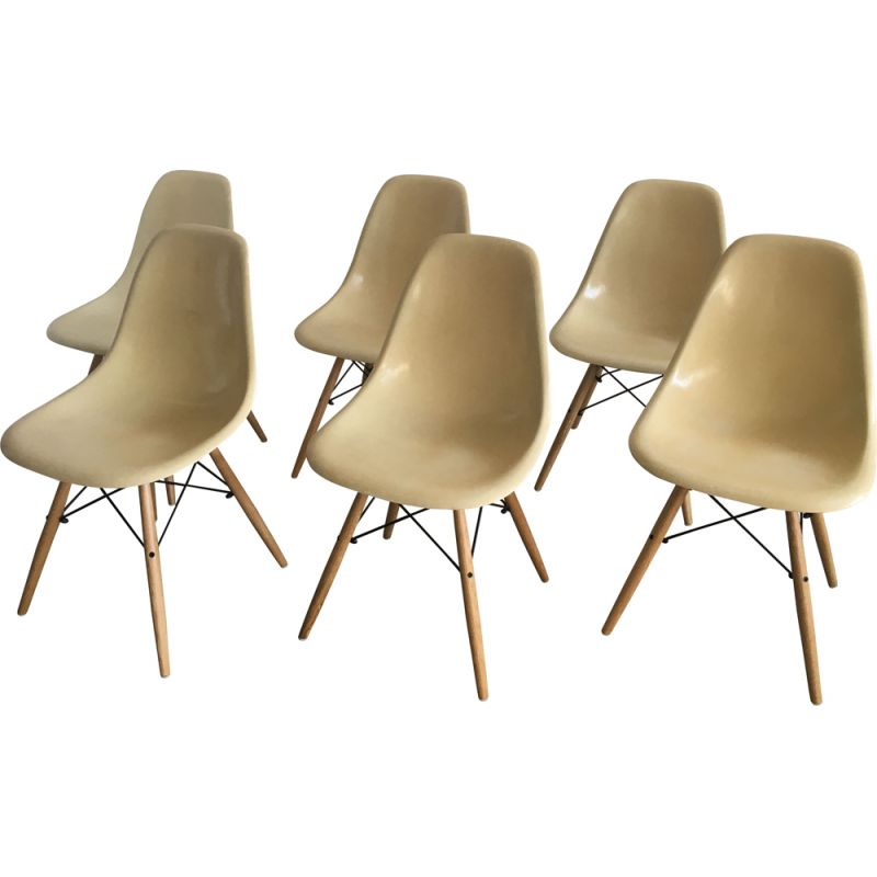 Set of 6 vintage dining chairs cream DSW  by Charles & Ray Eames