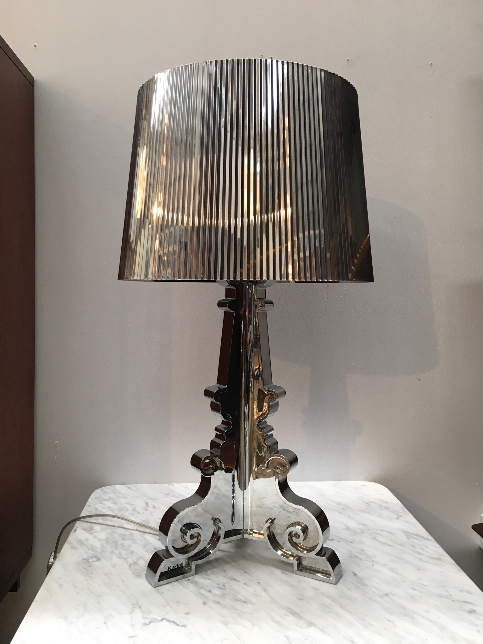 Kartell bourgie table lamp for Kartell lampe replica