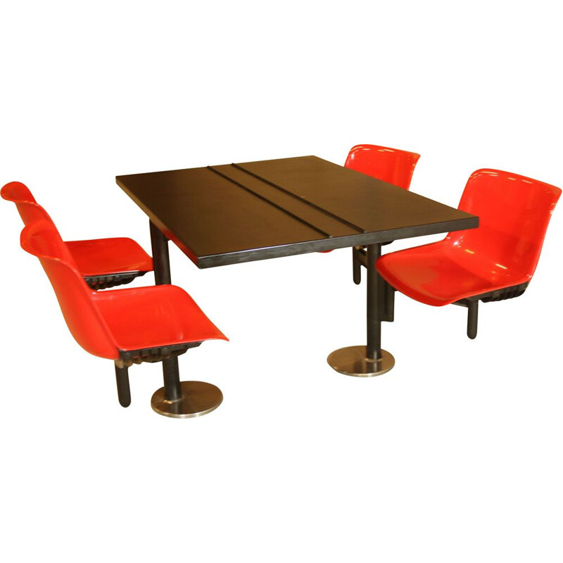 Vintage table and 4 built-in chairs Osvaldo Borsani for Tecno, 1970s