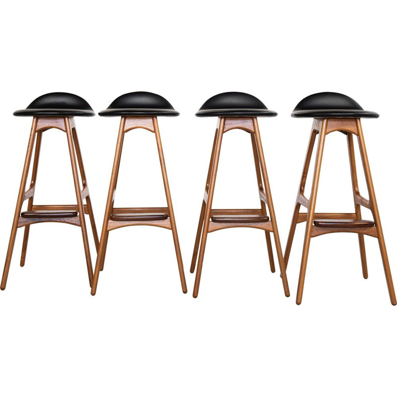 Set of 4 bar Midcentury stools in teak and leather by Erik Buch for O.D. Møbler Danish