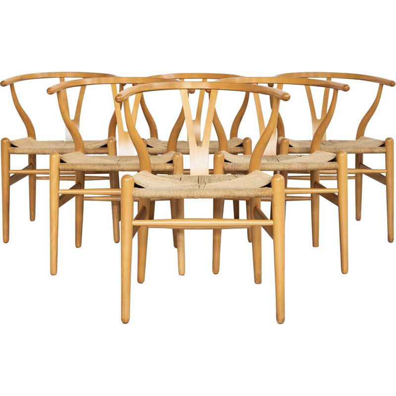 Set of 6 Vintage Wishbone chairs in beech by Hans Wegner for Carl Hansen & Søn 1949