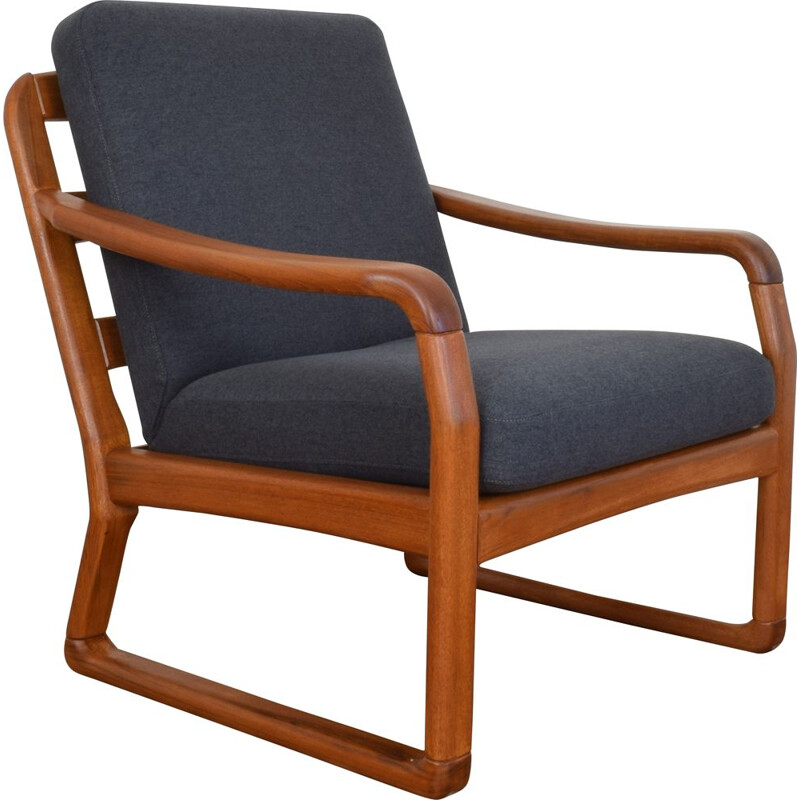 Mid-Century  Teak Lounge Chair from Dyrlund Danish 1970s