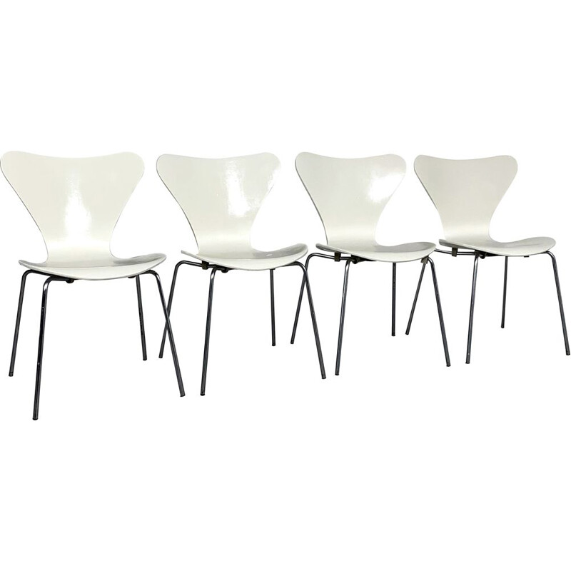 Set of 4 vintage Butterfly Chairs by Arne Jacobsen for Fritz Hansen, 1970s