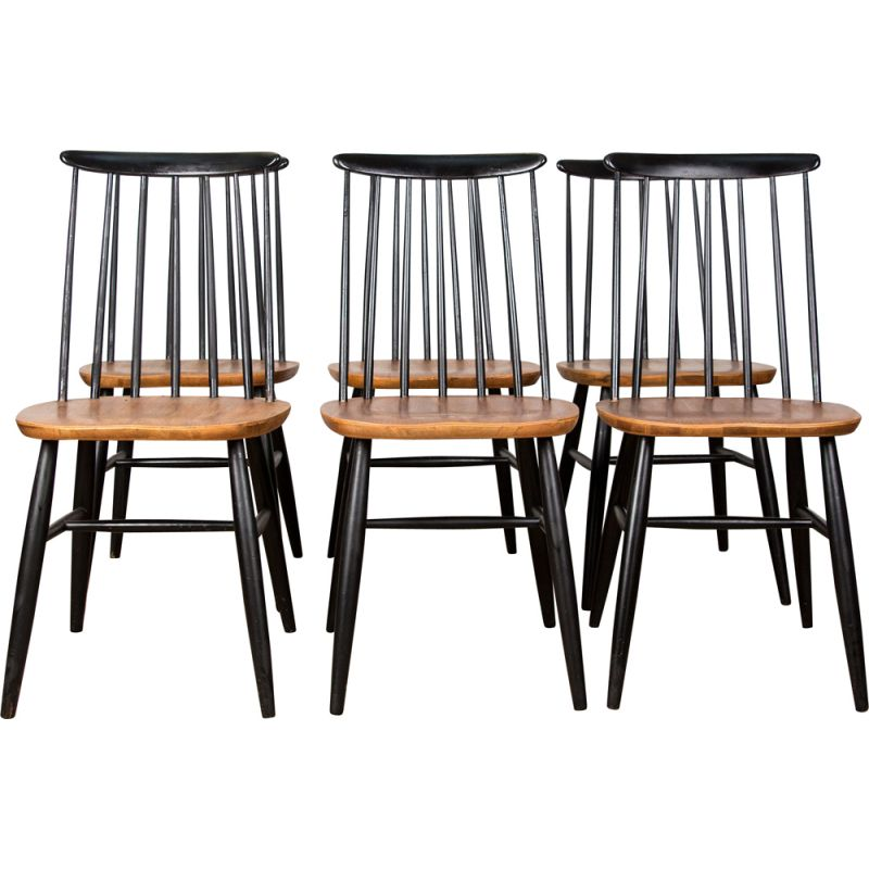 Series of 6 vintage dining chairs in the style of Fanett in teak and beech stained