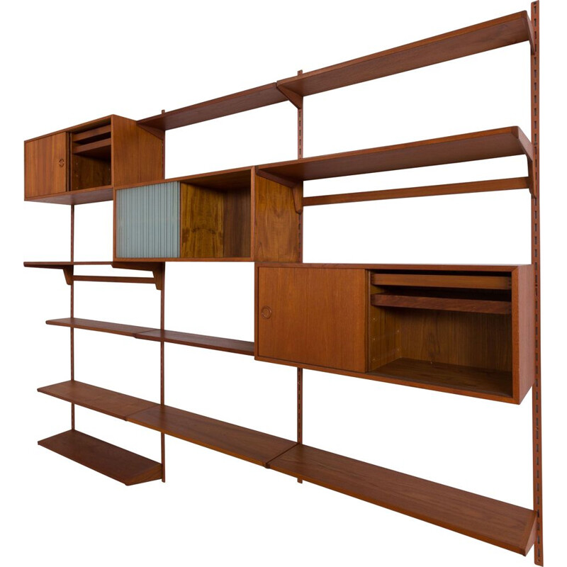 Vintage FM Wall Unit in teak with 3 cabinets and 10 shelves Kai Kristiansen