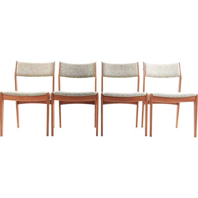 Set of 4 Teak Dining Chairs Johannes Andersen  Danish  Mid Century